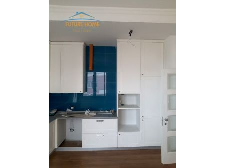 Shitet, Apartament 2+1, Kopshti Botanik ,Tiranë
