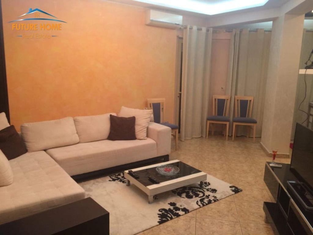 Rent, Apartment 1 + 1, Paris Municipality