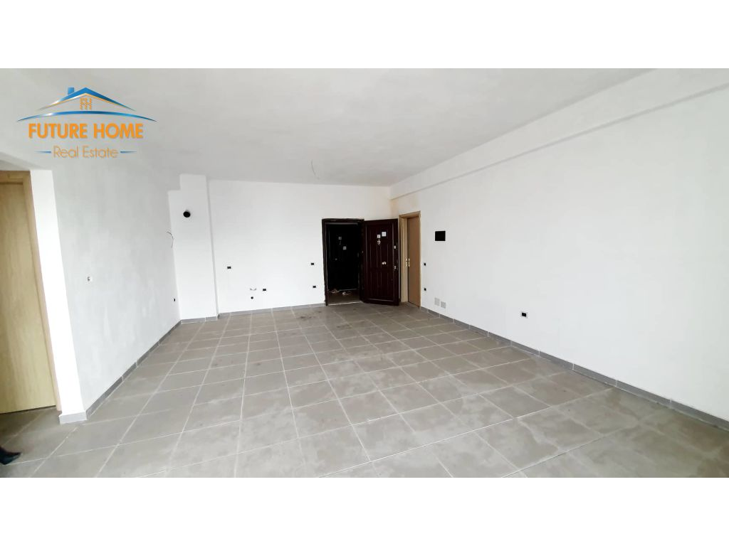 Shitet,Apartament 2+1,Kamez