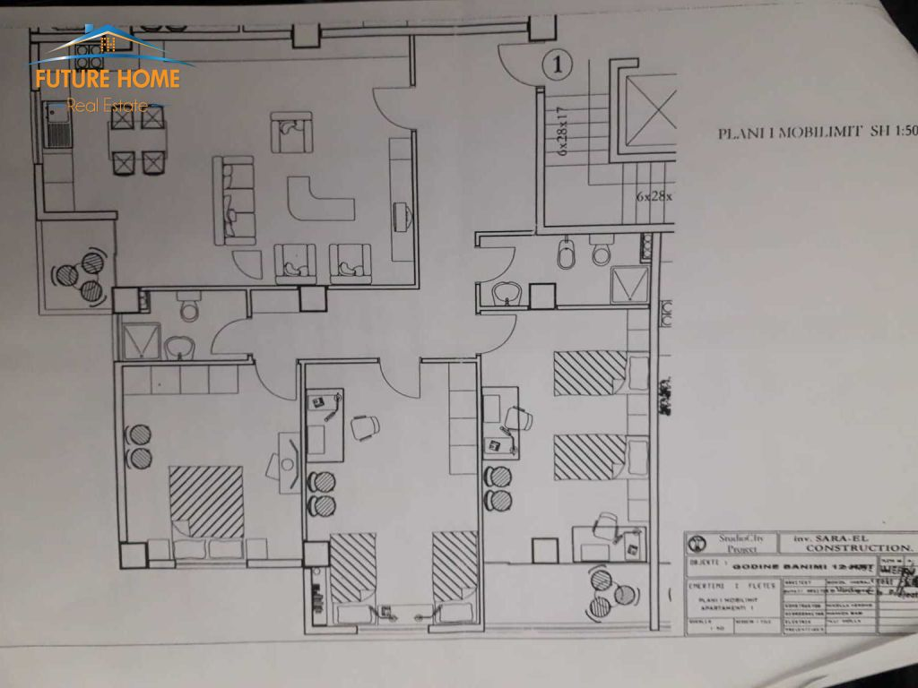 Shitet, Apartament 3+1, Komuna e Parisit, Tiranë.