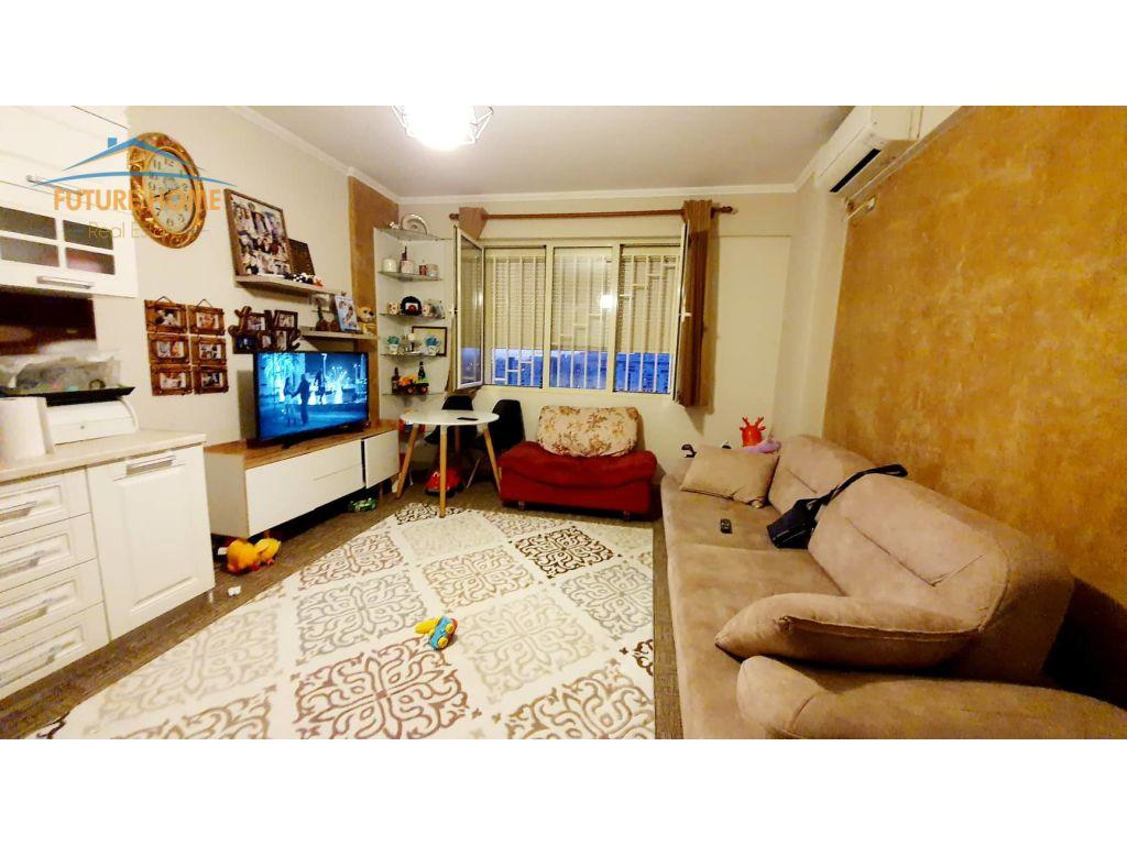 Shitet,Apartament 2+1,Kthesa E Kamzes