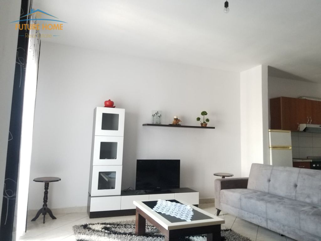 Qera,Apartament 2+1,Unaza E Re