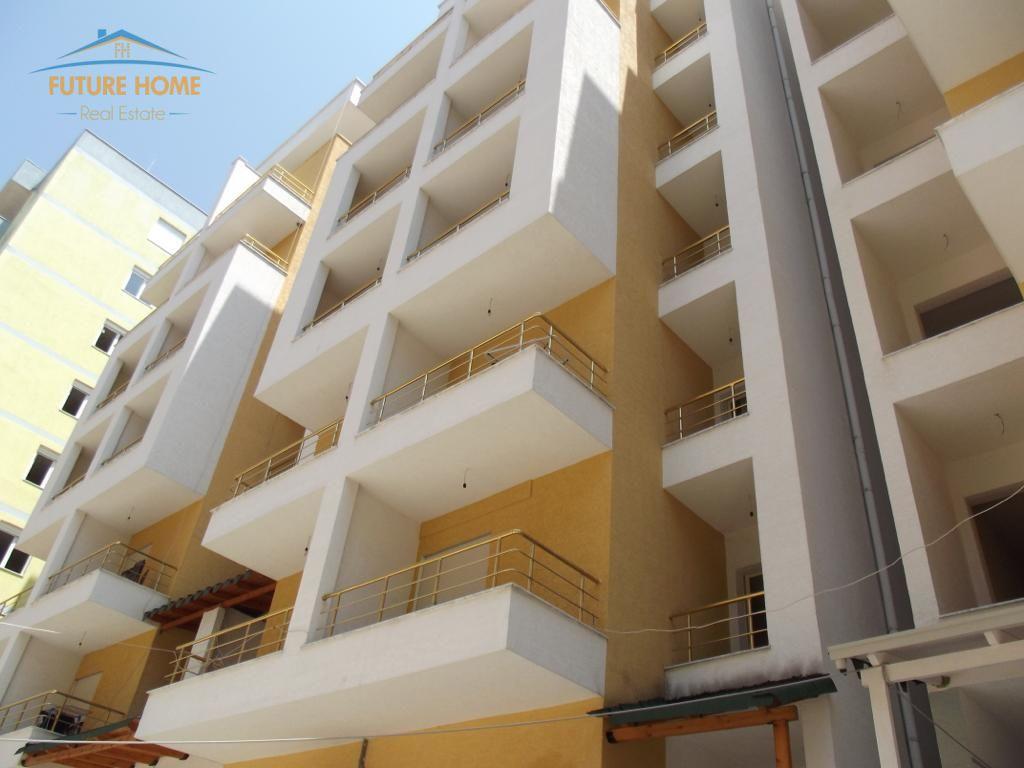 Shitet, Apartament 1+1, Shkembi i Kavajes