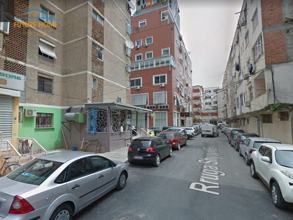 Shitet, Apartament 1+1, Myslym Shyri, Tiranë