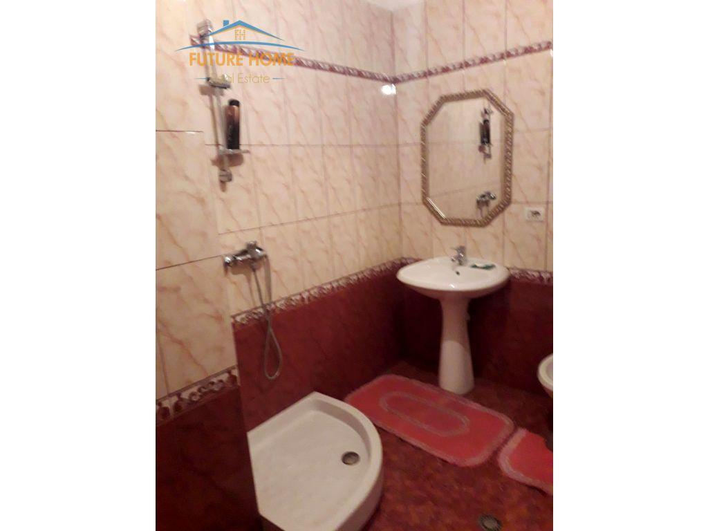 Qera, Apartament 2+1, Bllok , Tiranë