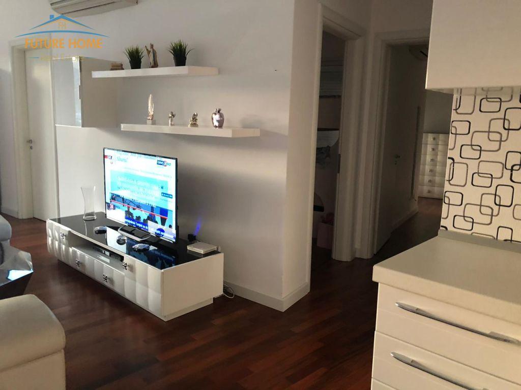 Shitet, Apartament 3+1, Rezidenca Kodra e Diellit, Tiranë