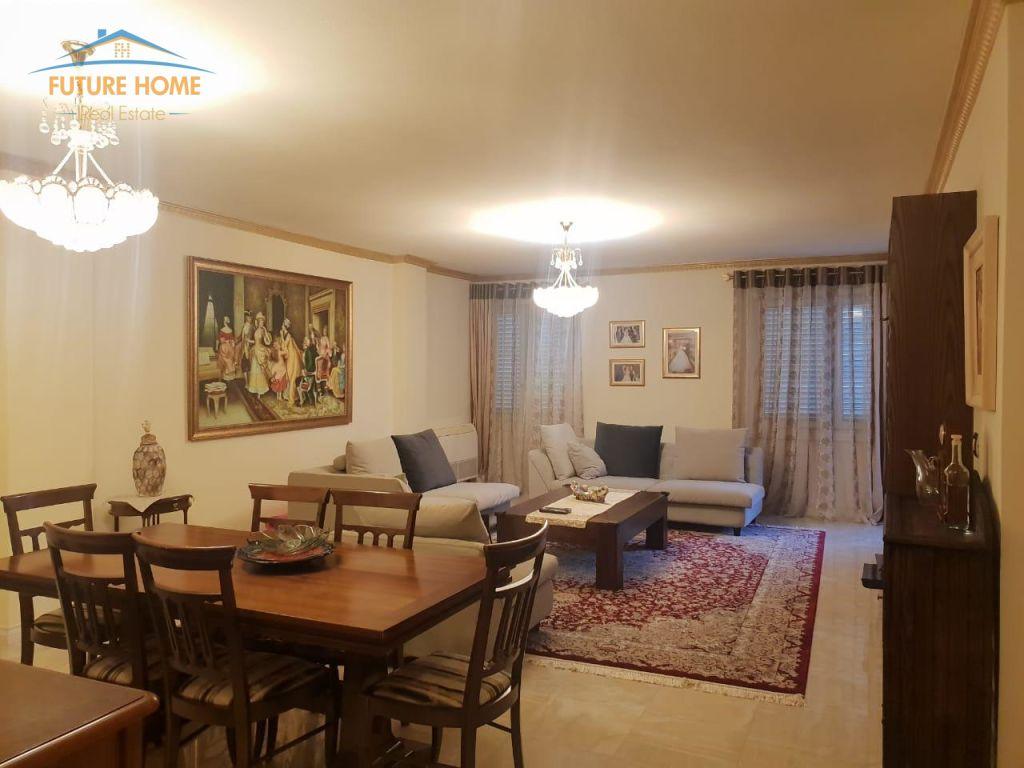 Shitet, Apartament 2+1, Bllok, Tiranë