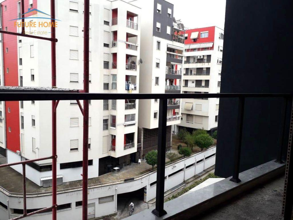 Shitet, Apartament 1+1, Rruga e Kosovarëve, Tiranë