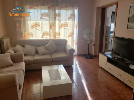 Qera, Apartament 2+1, Bllok, Tiranë