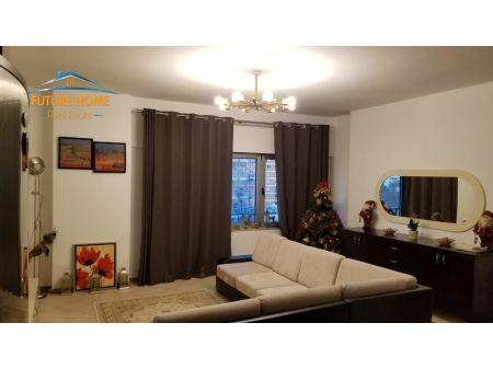 Qera, Apartament 2+1, Galeria ETC