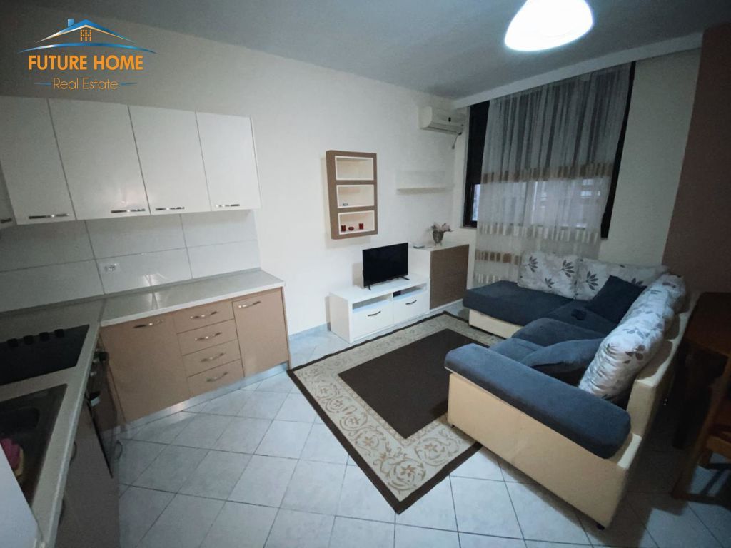 Rent, Apartment 2 + 1, Block, Tirana