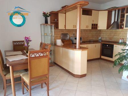Qera,Apartament 3+1,Bllok,Tiranë.