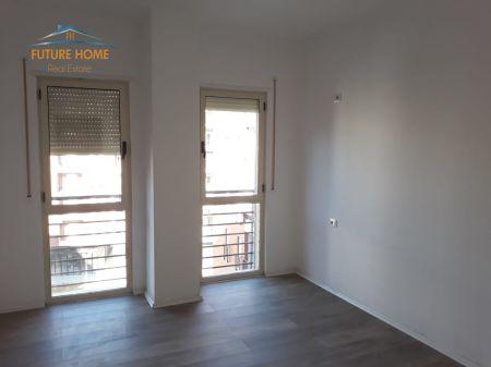 Shitet ,Apartament 2+1+Post Parkimi, Don Bosko, Tiranë