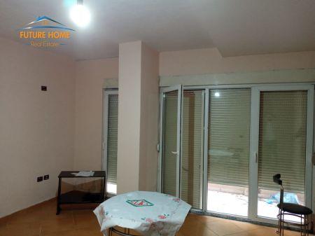 Shitet ,Apartament, 2+1, Kopshti Botanik, Tiranë