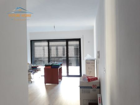 Qera, Apartament Per Zyra, Harryfultz, Tiranë