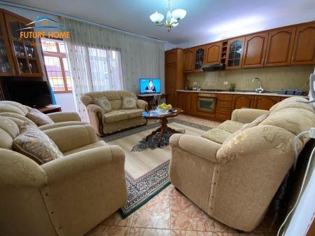 Shitet, Apartament 1+1, Porcelan, Tiranë