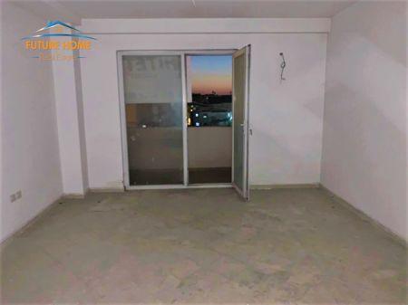 Shitet, Apartament 1+1, Ali Demi, Tiranë.
