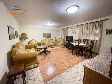 Rent, Apartment 2 + 1, Bllok, Tirana