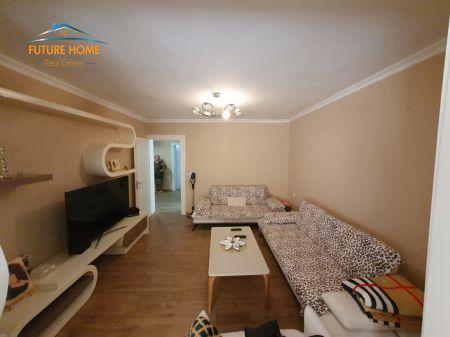 Shitet, Apartament 2+1, Pranë Maternitetit të Ri, Tiranë.