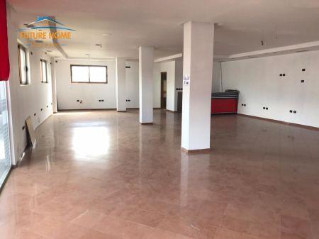 Shitet, Ambient Biznesi, Paskuqan, Tiranë