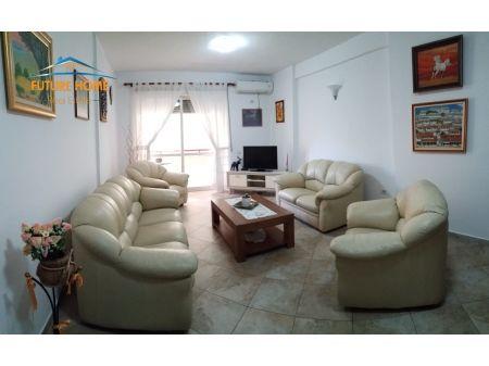Qera, Apartament 2+1, Sheshi Willson, Tiranë