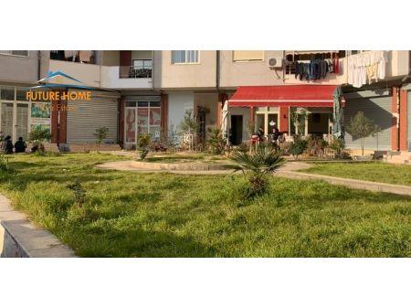 Shitet, Ambient, Yzberisht, Tiranë