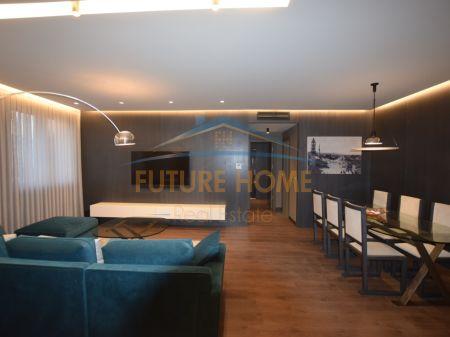 Shitet, Apartament 2+1, Qendër,Tiranë