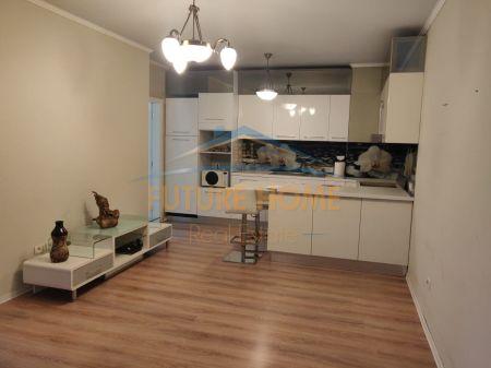 Shitet, Apartament 3+1+2, Liqeni i Thatë, Tiranë