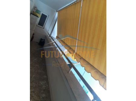 Shitet, Apartament 3+1+2 + Garazh, ne Currila, Durres