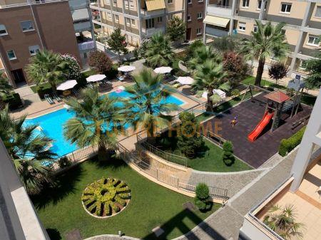 "Qera, Apartament 3+1+3+ Garazhd, Rezidenca "" Touch of the Sun"""