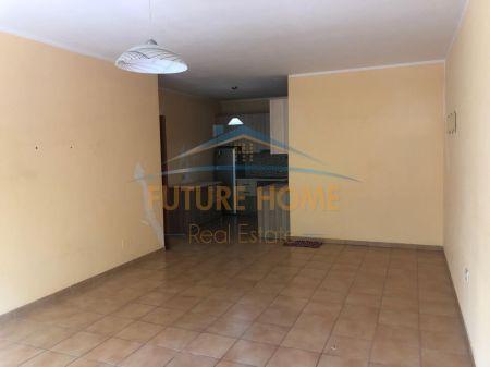 Shitet, Apartament 2+1+2, Don Bosko, Tiranë