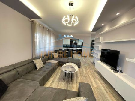 Qera,Apartament 3+1+Post Parkimi,Rezidenca Touch of Sun