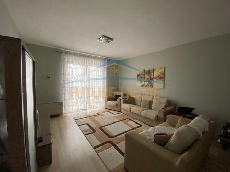 Shitet, Apartament 3+1, Rruga Xhanfize Keko, Tiranë.