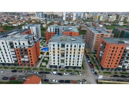 "Shitet,Apartament 2+1+Post Parkimi,Kompleksi ""Green City"""