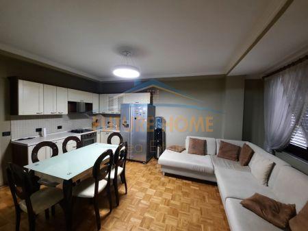 Qera, Apartament 2+1, Blloku, Tiranë.