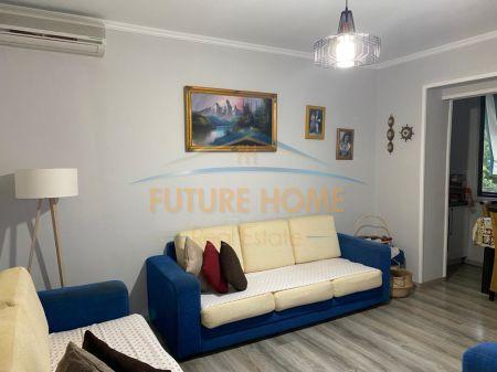 Shitet, Apartament 3+1, Porcelan, Tiranë.