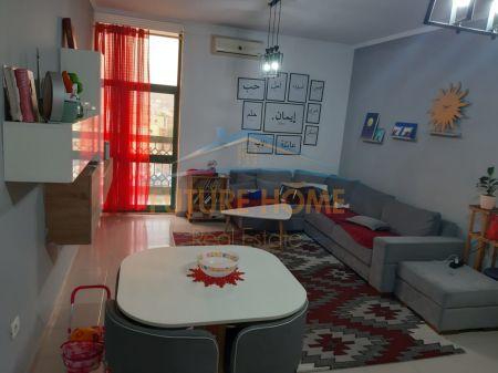 Shitet, Apartament 1+1, Qendër, Tiranë