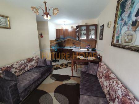 Qera, Apartament 1+1, Rruga 5 Maj, Tiranë.