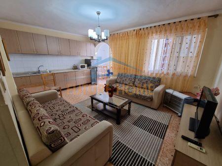 Shitet, Apartament 1+1, Rruga Qemal Stafa, Tiranë.