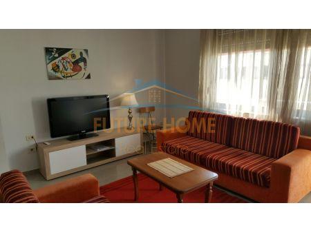 Shitet, Apartament 2+1+2, Bulevardi Zogu I, Tiranë