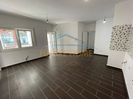 Shitet, Apartament 2+1, Rruga e Kosovarëve, Tiranë.