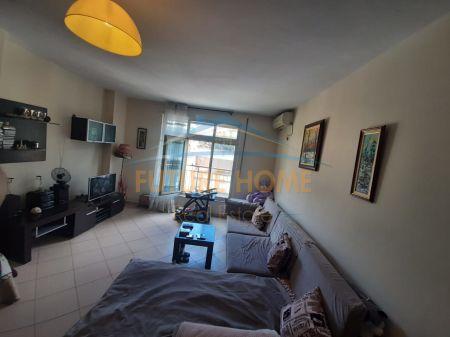 Rent, 1 + 1 Apartment Botanical Garden, Tirana