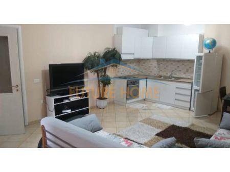 Qera, Apartament 1+1,Komuna E Parisit, Tiranë