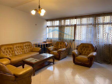 Qera, Apartament 2+1,Komuna e Parisit , Tiranë