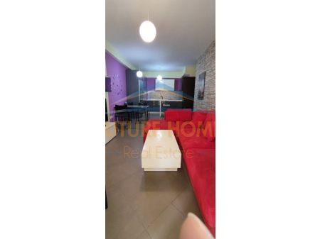 Shitet, Apartament 1+1, Kompleksi Magnet, Tiranë