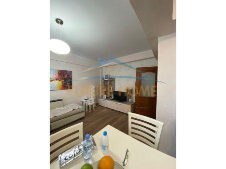 Shitet, Apartament 2+1, tek Tatimet, Durres