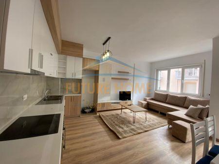 Qera, Apartament 2+1, Fresku, Tiranë