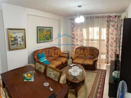 Shitet,Apartament 1+1,Yzberisht