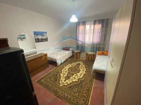 Shitet, Apartament 1+1, prane Pallatit te Sporteve, Durres