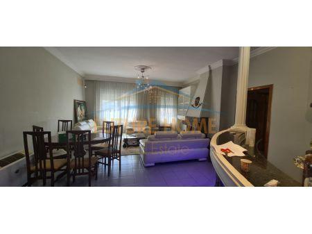 Qera,Apartament 2+1, Bllok